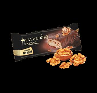 эскимо с грецким орехом и кленовым сиропом в молочном шоколаде с грецким орехом