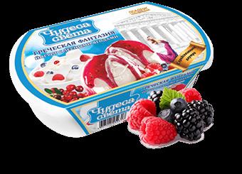 йогуртное мороженое с кусочками лесных ягод